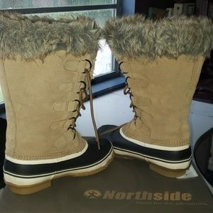 NWOB  NORTHSIDE BOOTS SIZE 8
